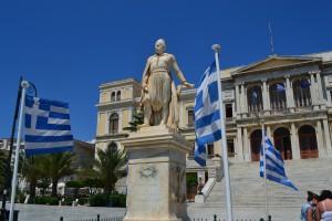 El almirante Andreas Miaoulis en su plaza | Linda Baseggio